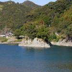 川中の小島、清暑島。拙堂が宿泊した大庄屋橋爪氏からはこの島が見えた。